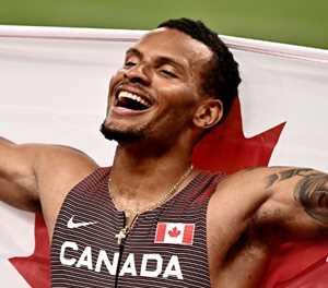 De Grasse wins first post-Bolt Olympic 200m after epic McLaughlin show