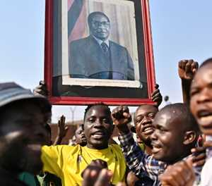 Mugabe's family agree to burial in 'heroes' monument