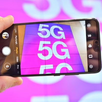 More than 30 firms join alliance calling for 'open' 5G systems