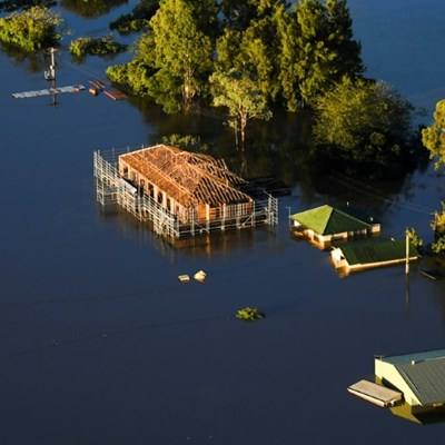 Australia's 'Big Wet' eases, but thousands still isolated