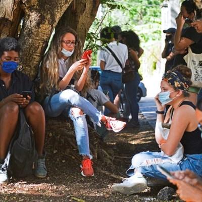 Mobile internet: Cuba's new revolution