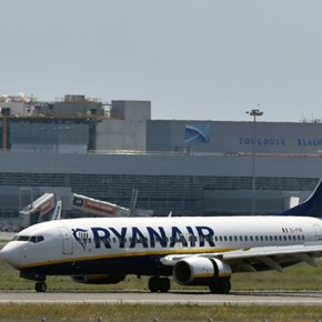 Ryanair cancels Ireland-UK flights as pilots strike