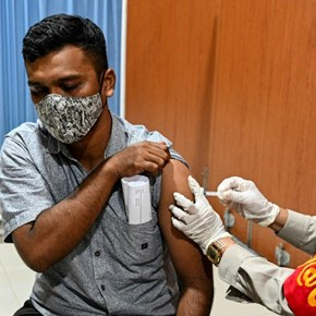 Indonesia reports record 2 069 virus deaths in 24 hours