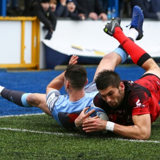 Saracens outlast brave Warriors to seal top seed