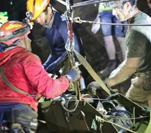 Water level surged as Thai cave rescue nearly ended in disaster