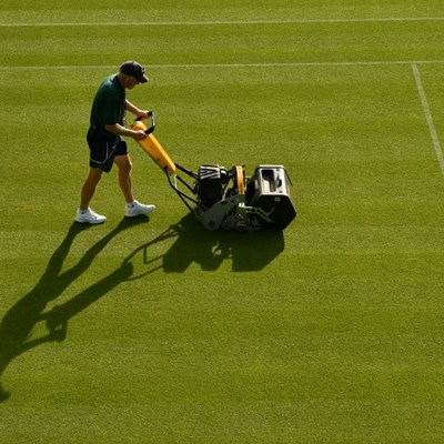 Wimbledon's Centre Court steam cleaned to bug the pests