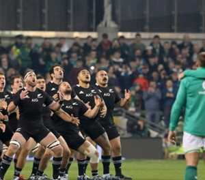 Air New Zealand offers 'safety tips' to Irish rugby fans