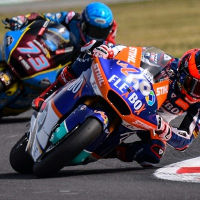 Spain's Fernandez wins Moto2 thriller in San Marino