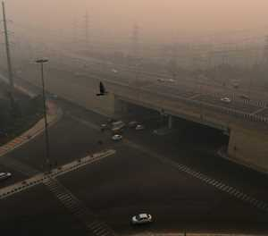 Delhi homeless to be given masks as smog worsens