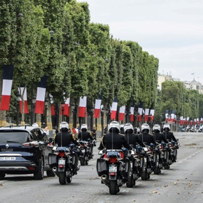 Champs-Elysees to be turned into new Paris garden