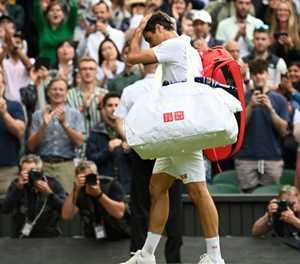 Federer crashes as Djokovic reaches 10th Wimbledon semi-final