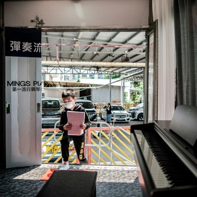 Piano van: Hong Kong music lessons go mobile to beat virus