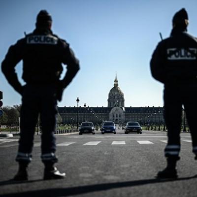 Virus lockdown makes big dent in Paris air pollution: report