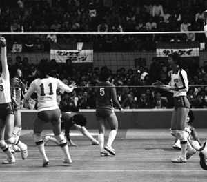 How China's 1981 women's volleyballers 'inspired a billion'