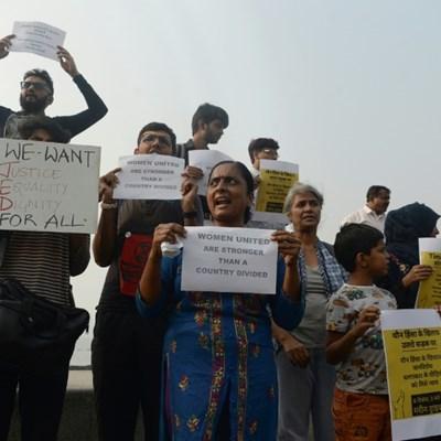 India gang-rape shootings revives extrajudicial killing fears