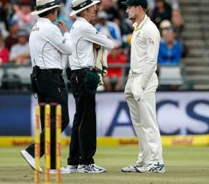 Aussie bowlers deny knowing about 'Sandpaper-gate' ball-tampering