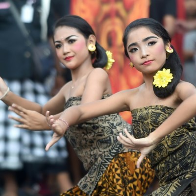 Bali shuts down for 'Day of Silence'