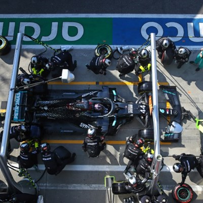 Hamilton takes 'responsibility' for costly Italian GP pit-stop error