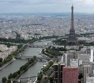 Paris introduces rent controls to cap rises