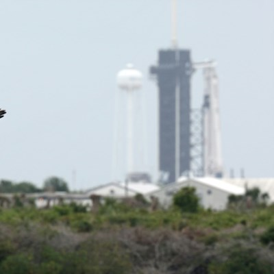 Weather iffy for SpaceX astronaut launch