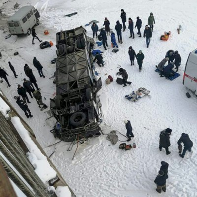 19 killed as bus plunges onto frozen river in Siberia