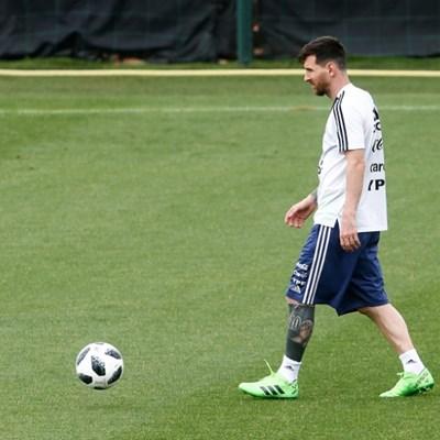 Israeli bid to host Messi in Jerusalem thrust politics to fore
