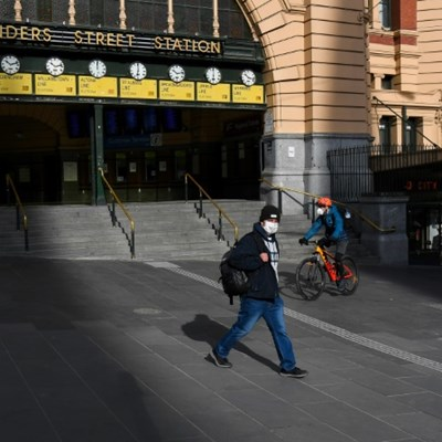Tears and anguish as Melbourne sinks further into lockdown