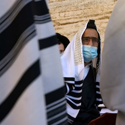 Virus forges path to new life for Israeli ultra-Orthodox Jews