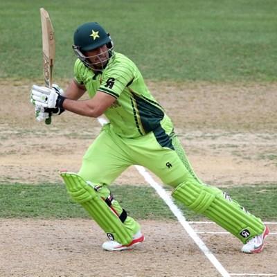 Pakistan cricket officials uphold ban against opener Jamshed