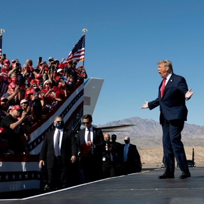 Trump floats idea of 2024 White House run