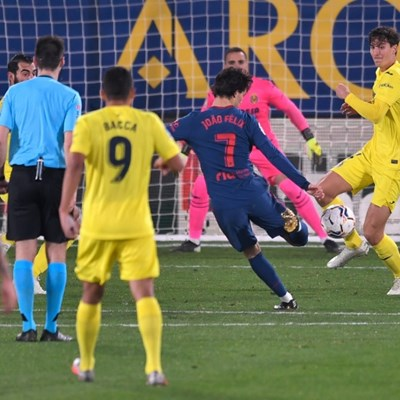 Atletico hold La Liga rivals at bay with tight Villarreal win
