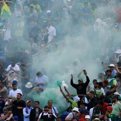 Police probe crowd trouble at Cricket World Cup