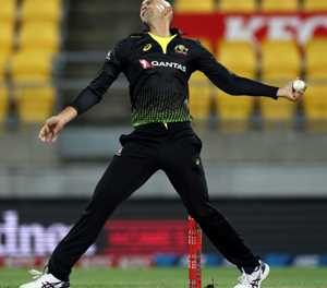 Six of the best for Agar as Australia down Black Caps