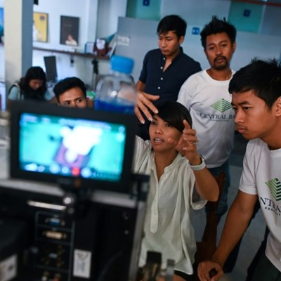 New Myanmar filmmakers shoot to rekindle golden years