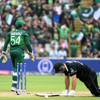 New Zealand won't panic after World Cup defeat, says Vettori
