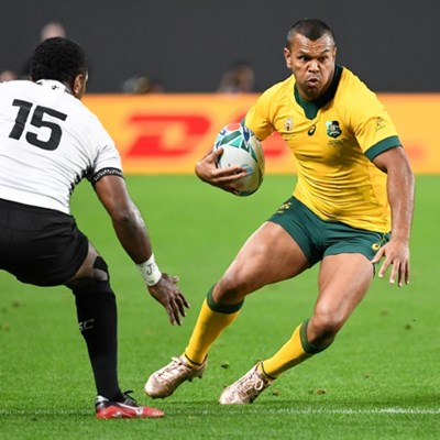 Racing 92 sign 'premium' Wallaby Beale