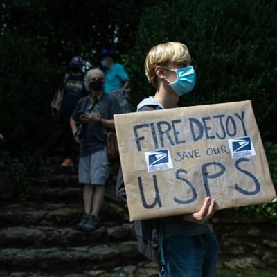 US Postal Service says will halt changes blamed for delays