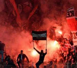 Volunteers and virtual beer: German fans take fight to virus