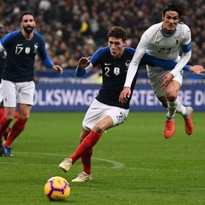 Pavard keeps mum amid Bayern, Liverpool and Napoli rumours