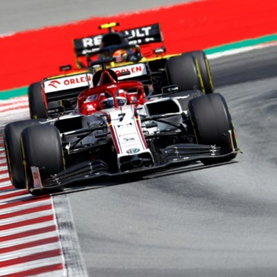 Twice round the world: Raikkonen breaks long distance F1 record