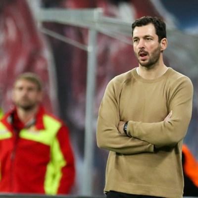 Schwarz becomes third Bundesliga coach fired in a week