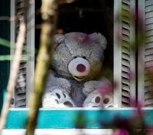 In Washington, bear hunts delight kids under lockdown