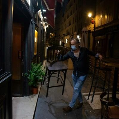 End of the party: Paris empties under curfew