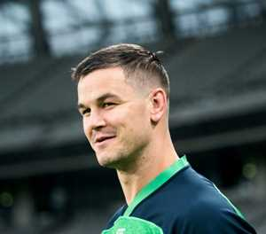 Sexton named Ireland captain in Farrell's first Six Nations squad