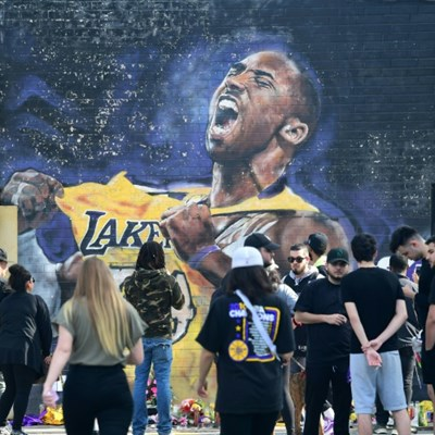 Petition to make Kobe Bryant new NBA logo passes 2.5 million