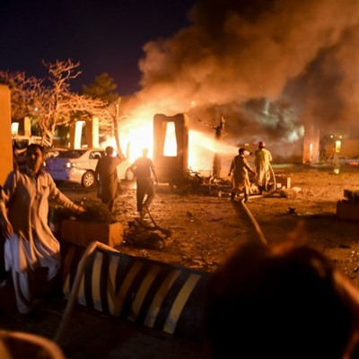 Pakistan Taliban claim deadly blast at luxury hotel