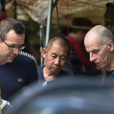British divers in Thai cave rescue make UK honours list