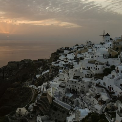Unease in Greece as restaurants, cafes reopen