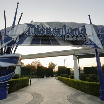 California mayors plead for reopening of theme parks
