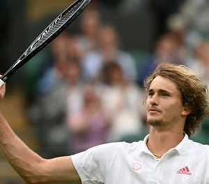 Zverev cruises into Wimbledon second round